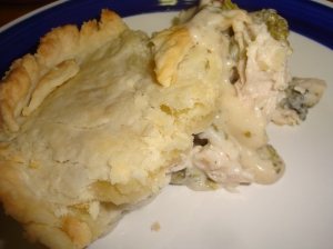 Chicken Divan Pie with creamy white sauce