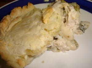 Chicken Divan Pie with creamy white sauce