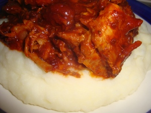 Pulled Pork on creamed potatoes